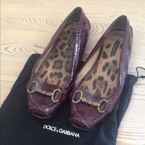 Dolce&Gabbana burgundy patent loafers